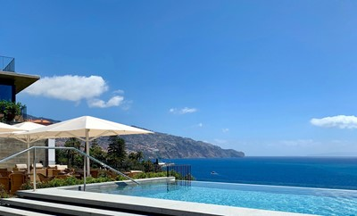 Les Suites at The Cliff Bay - Infinity Pool